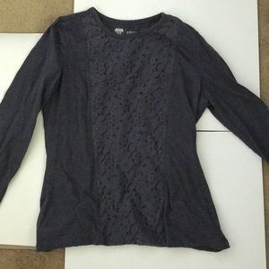 Long sleeve with lace